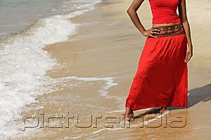 PictureIndia - woman standing on beach